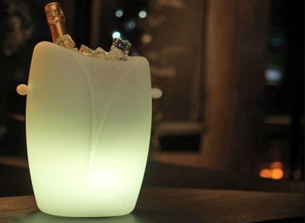 Wijnkoeler Met Licht : Wijnkoeler led draadloos yolica imagilights