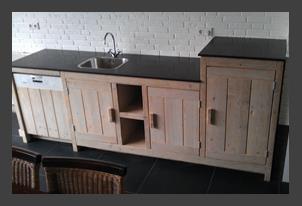 Houten Buiten Keuken : Oud houten buitenkeuken verrijdbaar lifestyle wonen bva
